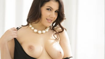 Valentina Nappi in 'An Open Relationship'